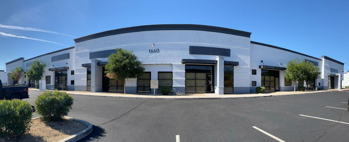 1660-pano-front-pic